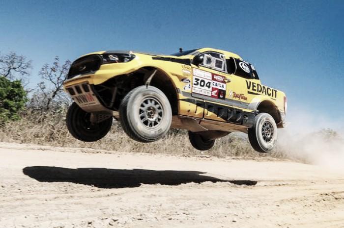 Nos 25 anos do Sertões, X Rally Team inicia defesa do título