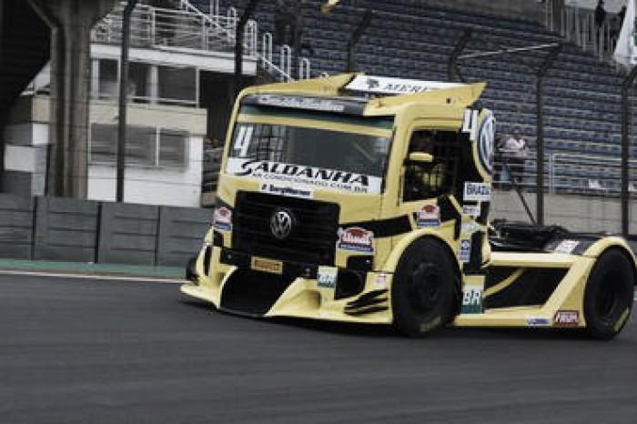 Fórmula Truck corre pela primeira vez com restritores em Tarumã