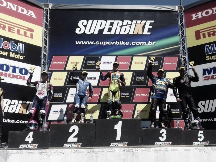 Humberto Turquinho conquista dois pódios na Yamaha R3 Cup em Curitiba