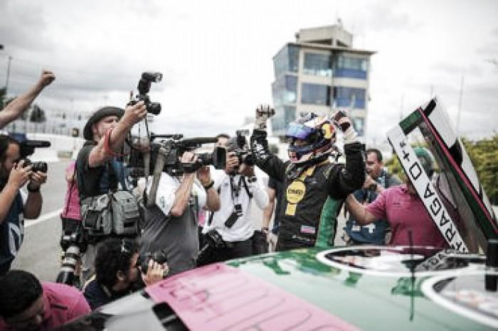 Felipe Fraga é pole pela Stock Car em Curitiba