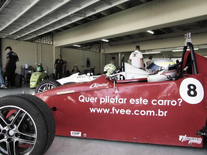Fórmula FVee abre temporada 2018 com curso de pilotagem em Interlagos