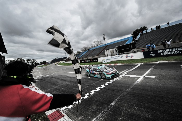 Felipe Fraga e Rubens Barrichello vencem na Argentina pela Stock Car