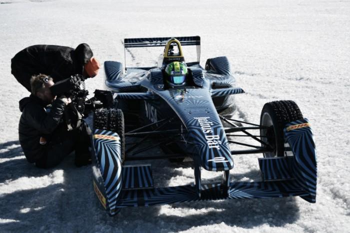 Lucas de Grassi leva Fórmula E para a Groenlândia