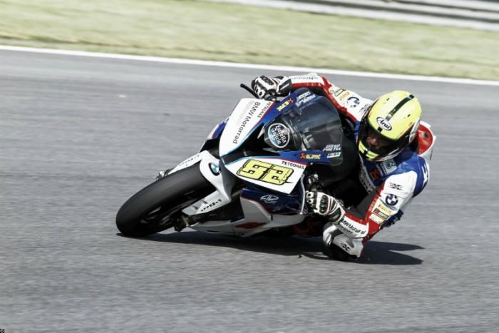 Pilotos da BMW Motorrad Alex Barros Racing preparados para quarta etapa da SuperBike Brasil