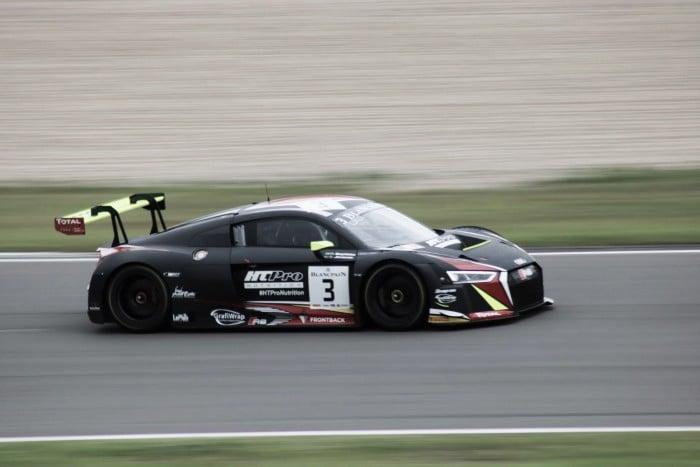 Jimenez e Baptista fazem corrida discreta em Nurburgring pelo Blancpain Series