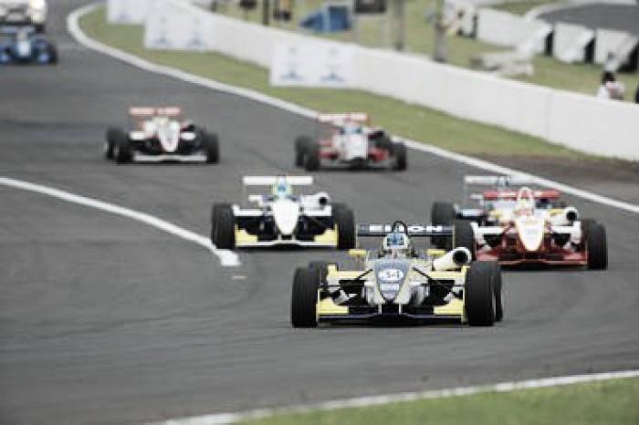 Matheus Iorio e Guilherme Samaia vencem em Londrina pela Fórmula 3 Brasil