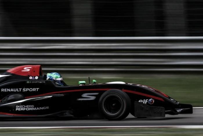 Bruno Baptista chega em Estoril para última etapa da Fórmula Renault em 2016