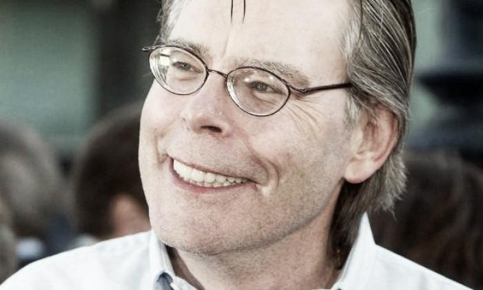 No dia do seu aniversário, Stephen King revela produção de Mago e Vidro para o cinema