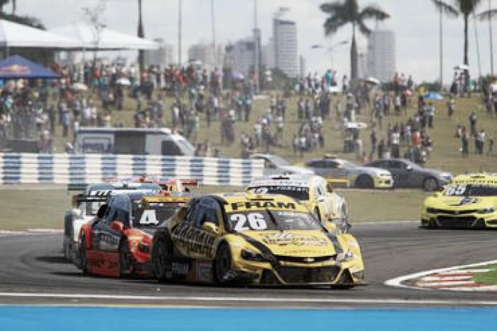 Equipe Hot Car enfrenta problemas na etapa goiana da Stock Car