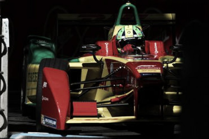 Líder da Fórmula E, Lucas di Grassi busca título neste domingo