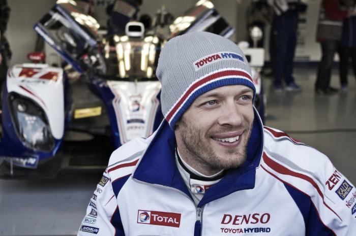 Alexander Wurz participa dos testes oficiais para as 24 horas de Le Mans