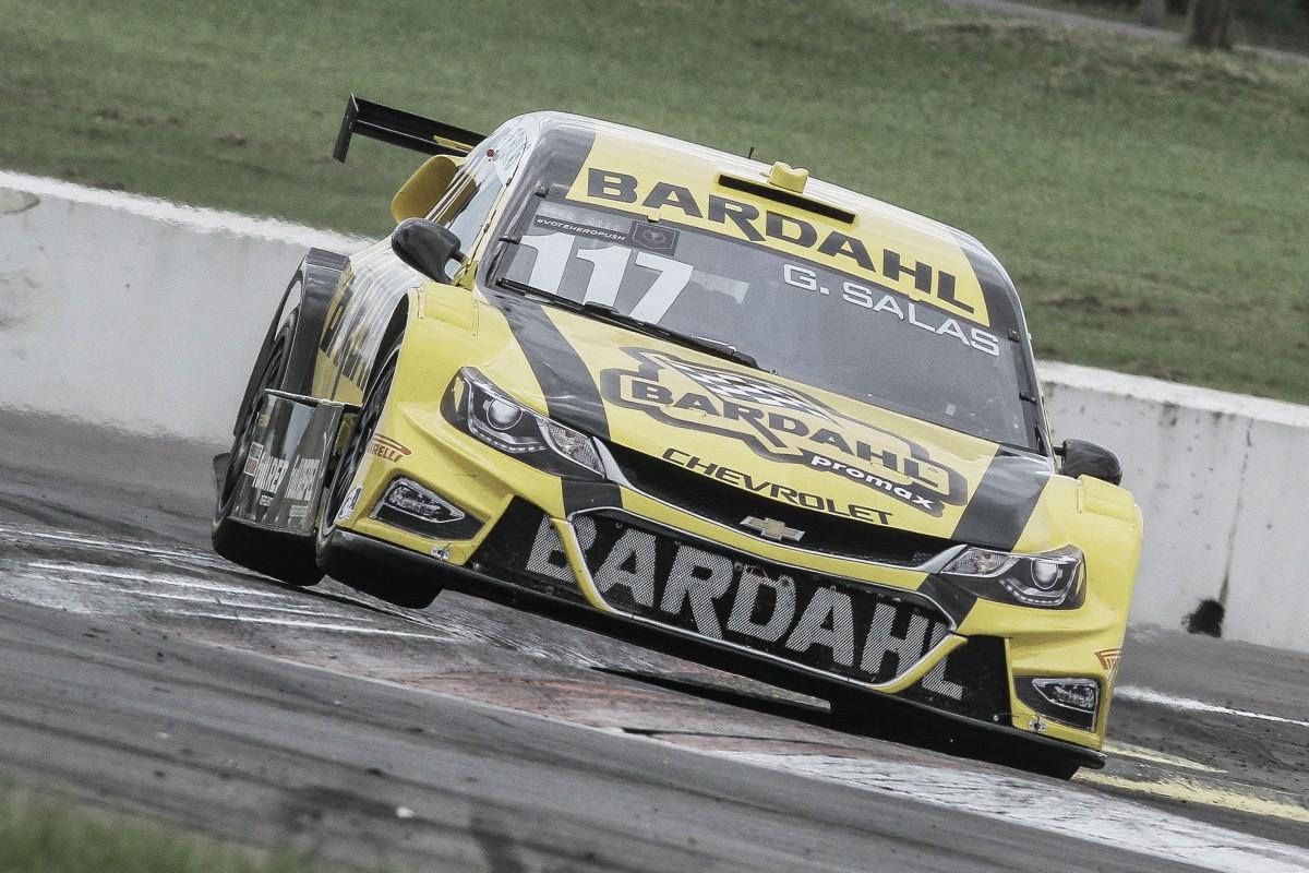 Chuva prejudica pilotos da Hot Car Competições, na busca de bons resultados no VeloParl