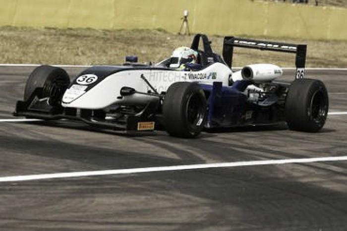 Thiago Vivacqua conquista terceira posição na Fórmula 3 Brasil em Santa Cruz do Sul após corrida de recuperação