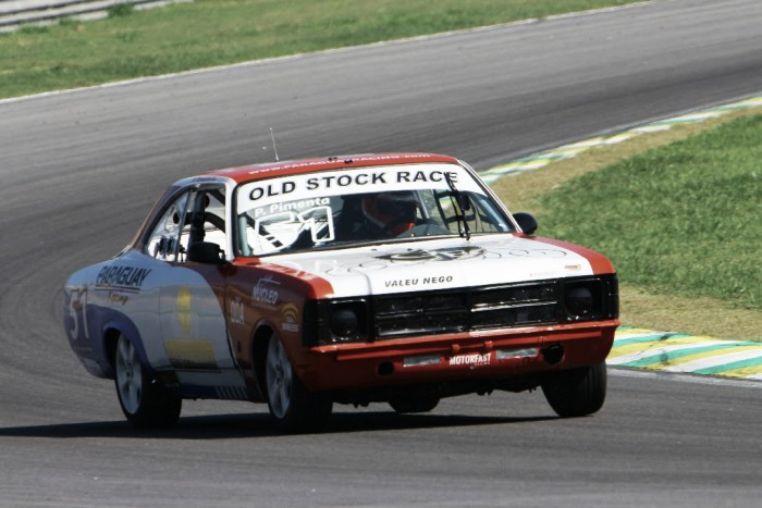 Interlagos recebe quinta etapa do Old Stock Race