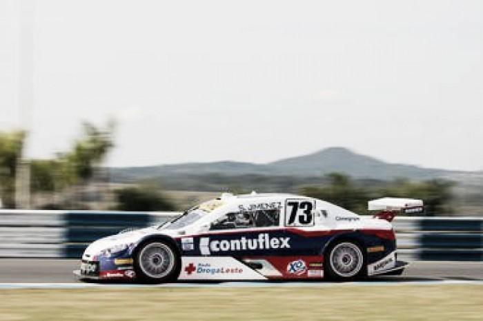 Sérgio Gimenez fica no Top 10 nos treinos da Stock car em Goiânia