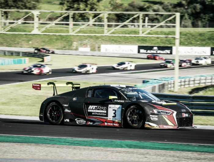 Pneu furado frustra Sergio Jimenez e Rodrigo Baptista pela Blancpain GT Series na Hungria