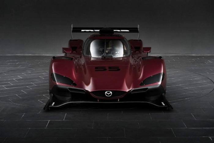 Mazda apresenta protótipo para disputar a IMSA 2017