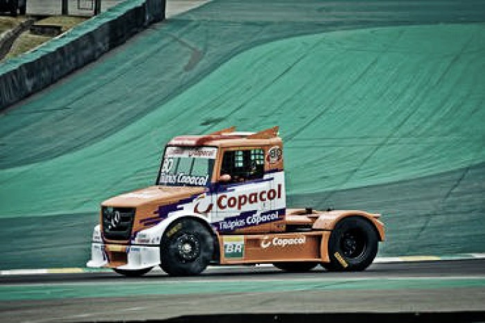 Para Diogo Pachenki, título da Fórmula Truck está em aberto