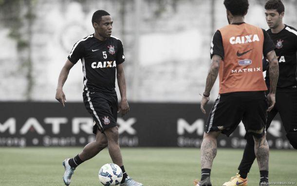 Sem titulares, Corinthians retorna aos treinamentos em semana que pode definir título do Brasileiro