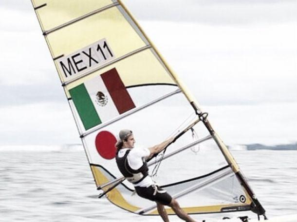 Ignacio Berenguer se prepara para Mundial de Windsurf
