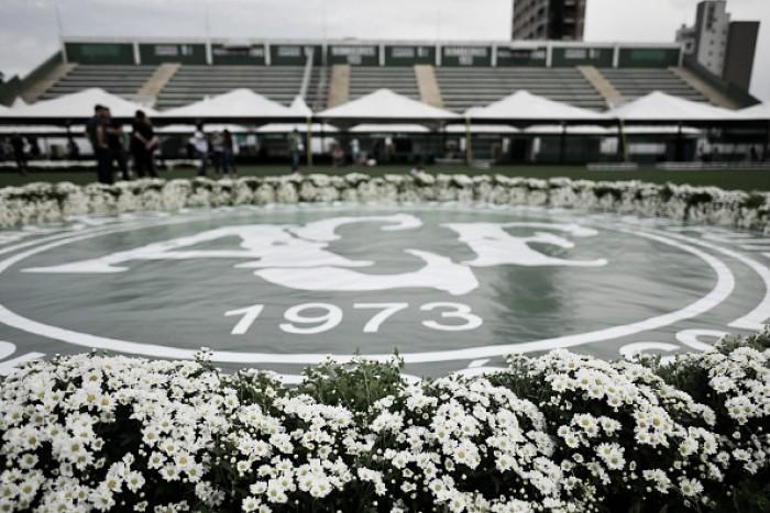 Cobertura completa do velório da delegação da Chapecoense na Arena Condá