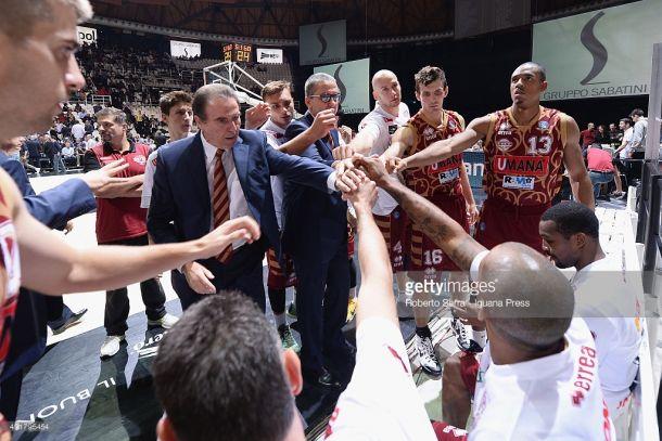 Legabasket, seconda giornata: 3 a punteggio pieno, Milano travolge Varese