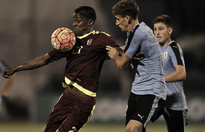 La Vinotinto logró un reñido empate en su debut ante Uruguay
