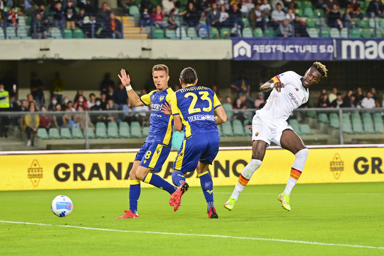 Serie A - Colpaccio al debutto per Tudor: il Verona ribalta la Roma 3-2