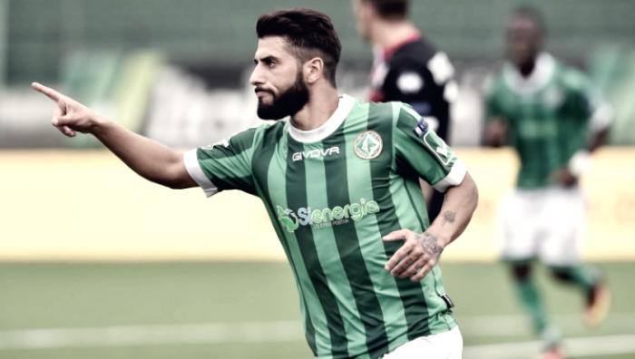 Serie B - Avellino da sogno, Paghera e Verde mettono in ginocchio il Verona (2-0)