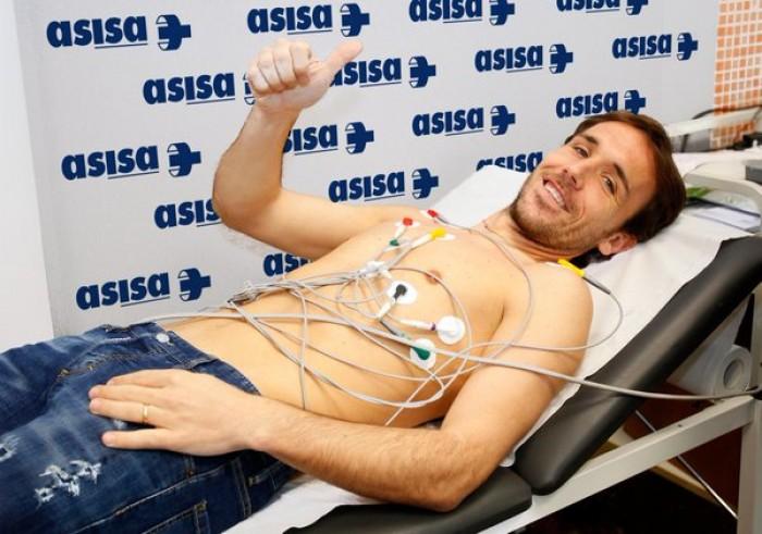 Verdú pasa las pruebas médicas y completa su primer entrenamiento con el Levante