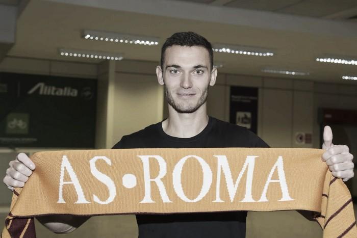 Ex-Barcelona, zagueiro Vermaelen é emprestado à Roma e mira novo começo após sequência de lesões