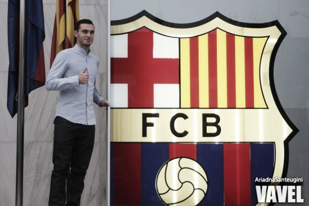 Barcelona: central Vermaelen estreia-se no jogo da consagração
