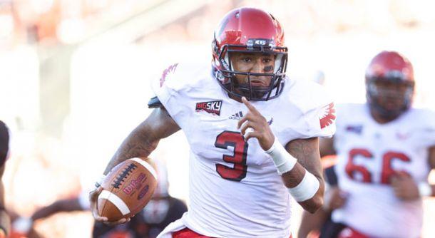 Dynamic QB Vernon Adams Jr Transfers To Oregon