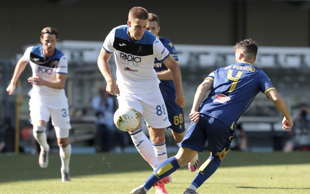 Pessina risponde a Zapata: 1-1 tra Hellas Verona e Atalanta