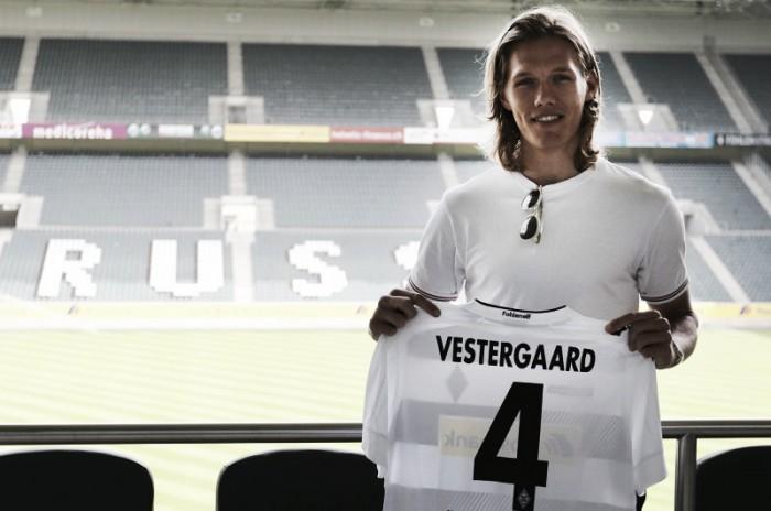 Ex-Werder Bremen, zagueiro Vestergaard é o terceiro reforço do Gladbach para próxima temporada