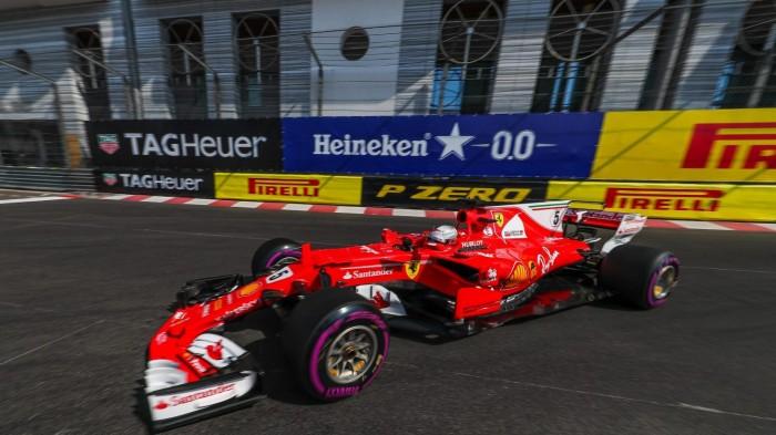 Vettel crava o melhor tempo do dia durante os treinos para o GP de Mônaco
