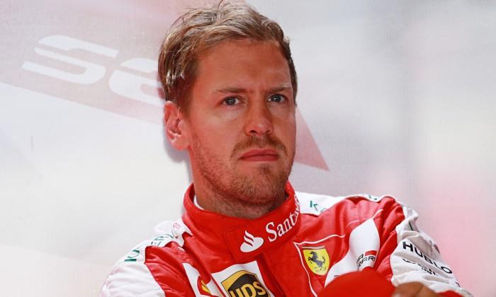 Sebastian Vettel smentisce lo voci di un passaggio in Mercedes