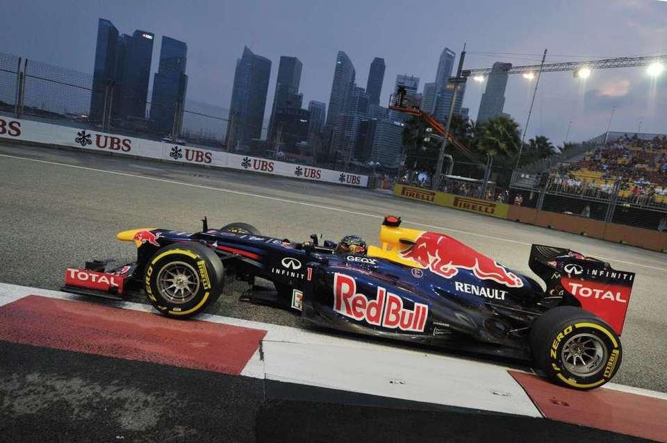 Vettel se lleva la victoria en Singapur