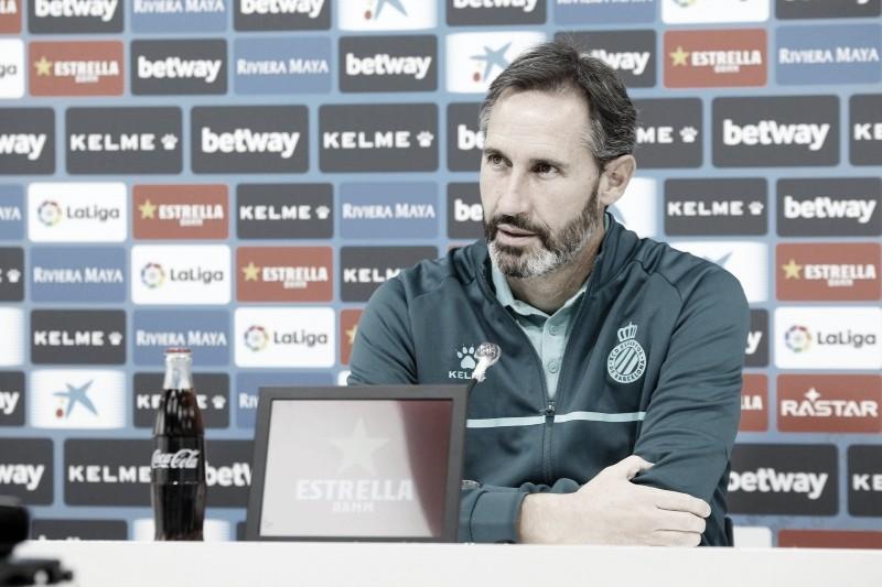 Vicente en la rueda de prensa. Fotografía: RCD Espanyol S.A