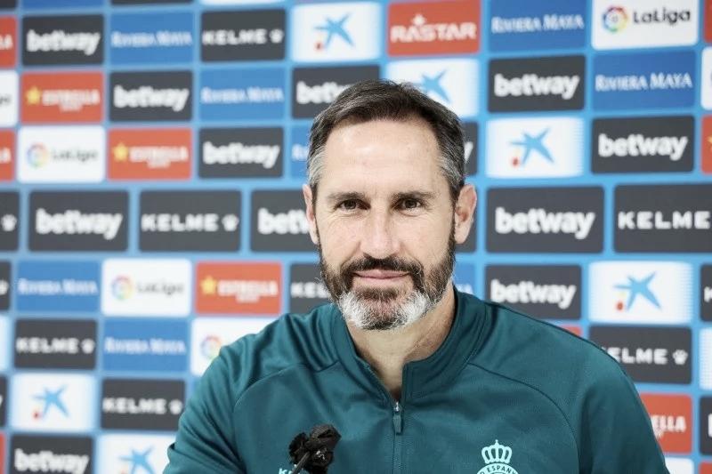 """Vicente Moreno: """"Es un rival con mucha personalidad, con un bloque definido"""""""