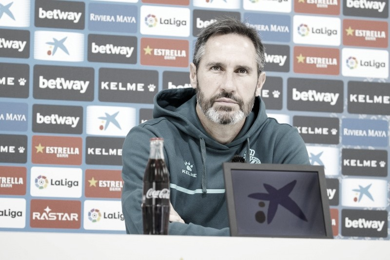 """Vicente Moreno: """"Su racha me hace estar alerta"""""""