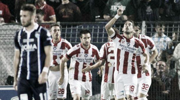 Risultato Pescara - Vicenza, semifinale Play-Off di Serie B (1-0): decide un rigore di Memushaj