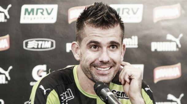 """Victor diz que Atlético-MG é um verdadeiro time brasileiro: """"Tudo na última hora"""""""