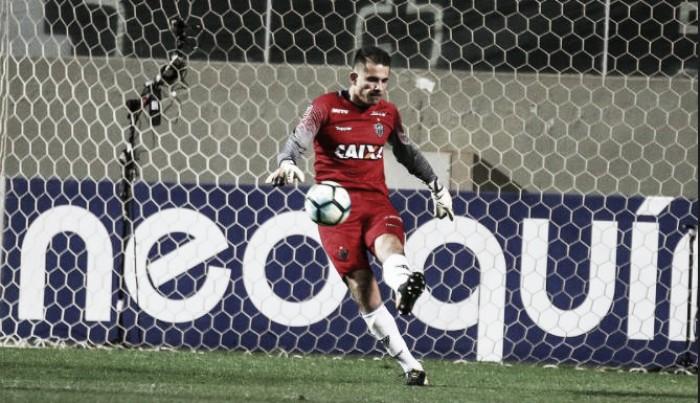 Atlético-MG e Grêmio anunciam oficialmente fim da dívida em negociação de Victor