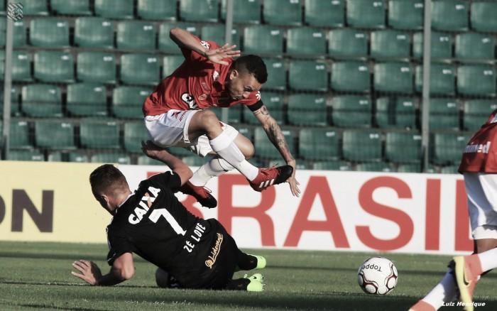 Vila Nova enfrenta Figueirense precisando de recuperação para se manter na luta pelo acesso