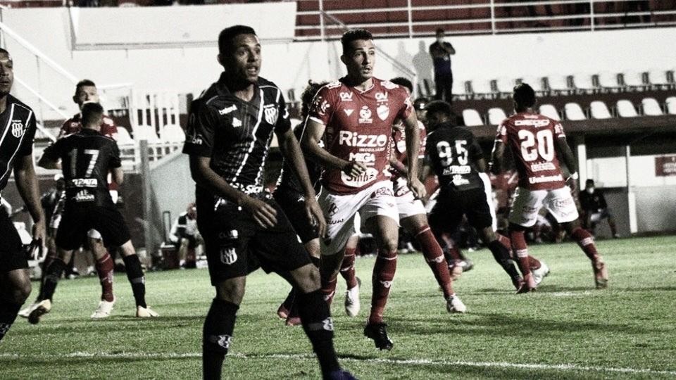 Resultado agridoce: Vila Nova e Ponte Preta empatam sem gols na Série B