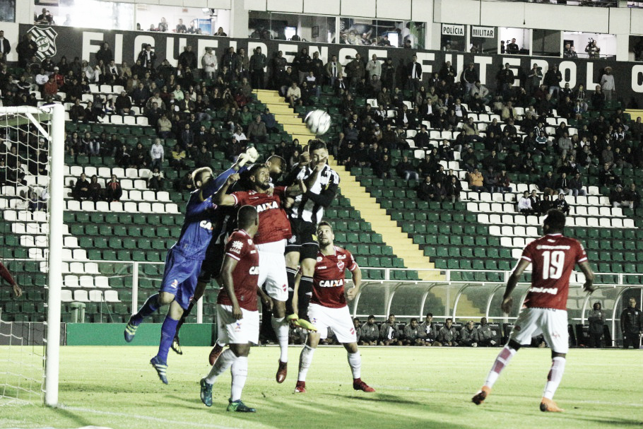 Em viés de baixa, Vila Nova recebe Figueirense querendo deixar para trás pior derrota do ano