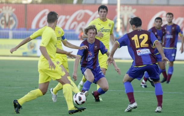 El Villarreal B gana el duelo de canteras en pretemporada