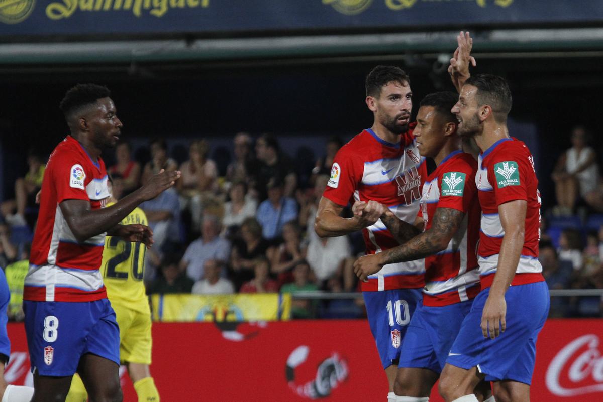 El Granada CF se lleva un punto de Villarreal con una reacción épica