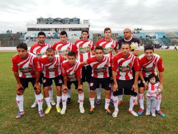 Segunda División: Villa Teresa frenó a la máquina negriazul